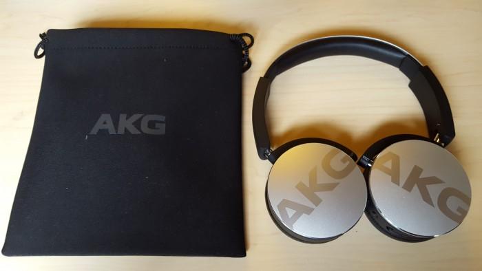 akg y50bt design